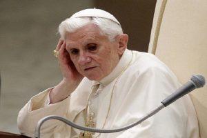 """Benedicto XVI asegura que se encuentra en el """"último tramo del camino"""""""