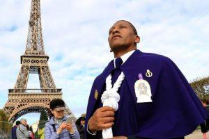 Señor de los Milagros: Misa al 'Cristo Moreno' se dio en la catedral de Notre Dame