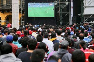 Perú vs Escocia: MML colocará tres pantallas gigantes en Plaza de Armas