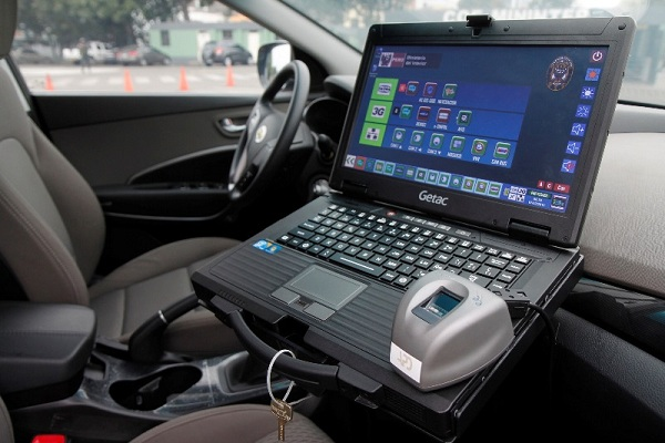 Desaparecen computadoras instaladas en patrulleros