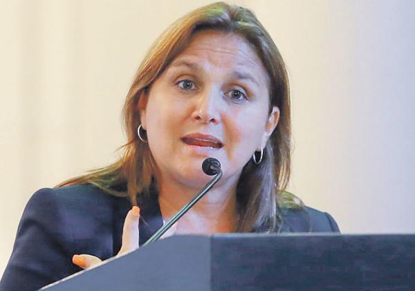 Pérez Tello niega mordaza a procuradores del Estado