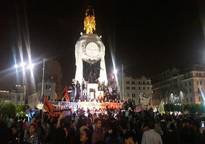 Hoy se realizará marcha contra censura a Jaime Saavedra