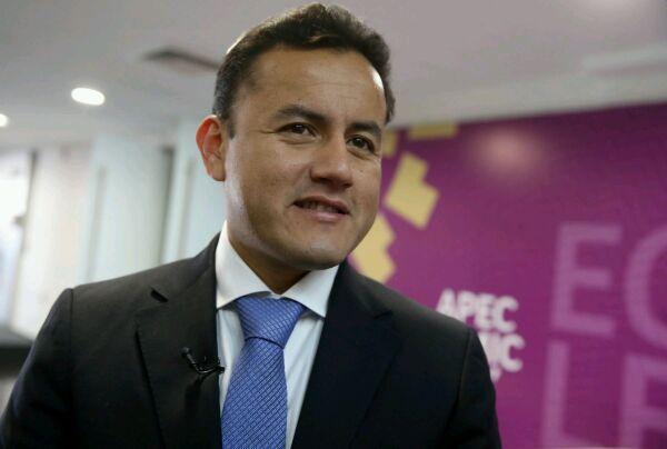 """Richard Acuña: """"APP aprueba la labor del ministro Vexler"""""""