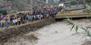 Huaicos sembraron el caos en Lima