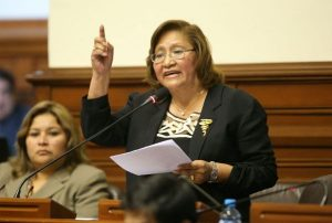 Ni una menos: Ministerio de la mujer busca privar de todo beneficio legal a los feminicidas