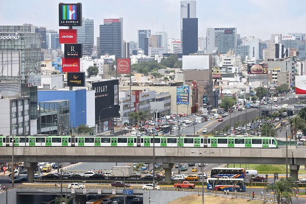 Economía peruana crecerá más en la región este año