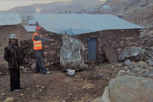 Reportan 2,000 damnificados  por sismo en la región Puno