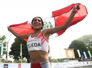 Gladys Tejeda recibe respaldo de su entrenador