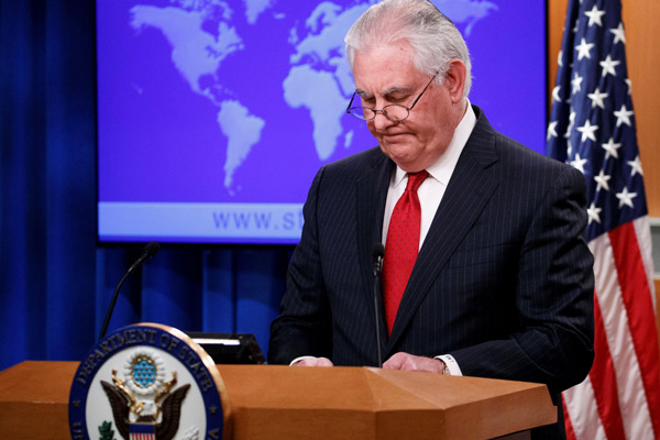 Trump despide a Tillerson