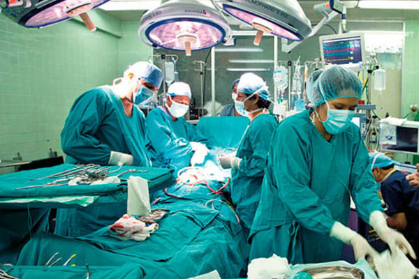 Logran trasplante exitoso en Hospital Rebagliati