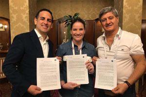 Usil y Sinfonía por el Perú entregan becas