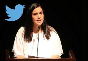 Twitter: Verónika Mendoza respaldó a Arana y Apaza