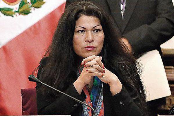 Citan a ocho personas a Ética por caso Yesenia Ponce