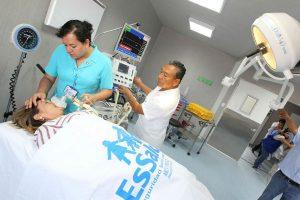 Hospitales de EsSalud en alerta por el feriado largo