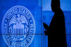 La Fed dice que aranceles de Trump empujan el alza de precios