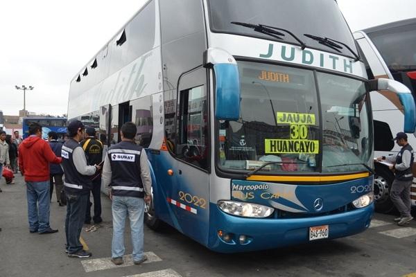 Gobierno formalizará transportistas con devolución de 53 % de ISC