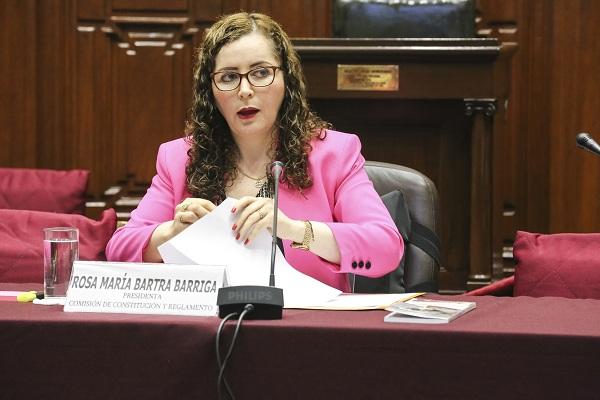 """Rosa Bartra: """"Informe es muy completo y el más importante que haya hecho el Congreso"""""""