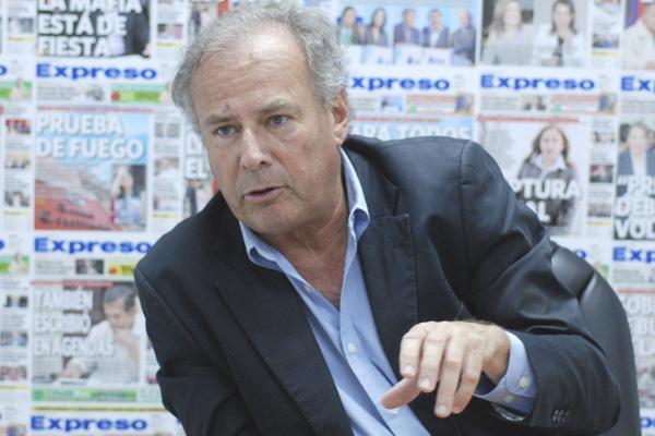 Alfredo Barnechea oficializa precandidatura por AP