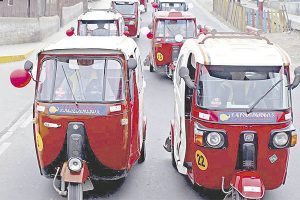 Autoridades de Mi Perú inauguran vías pavimentadas