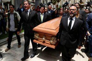Congreso de Venezuela rinde homenaje a opositor muerto