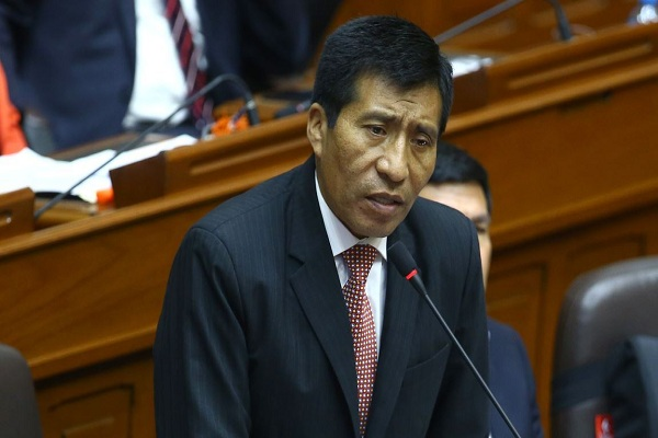 FP suspende a Mamani