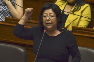 Ética aprueba suspender por 60 días a María Elena Foronda por contratar a exterrorista