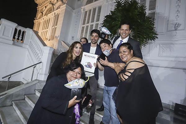 """Presentan """"México Perú gastronomías milenarias"""""""