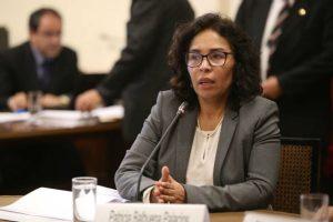 Patricia Balbuena: Presentan moción de interpelación contra la ministra