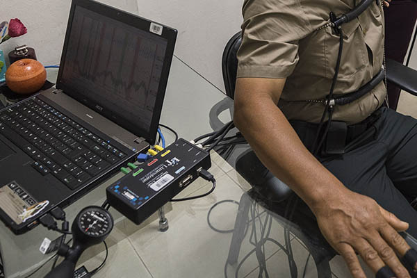 Postulantes a escuelas PNP serán sometidos al polígrafo