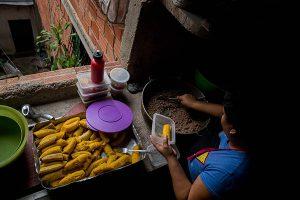 """Nicolás Maduro: Programa de """"recuperación"""" mantiene crisis en Venezuela"""