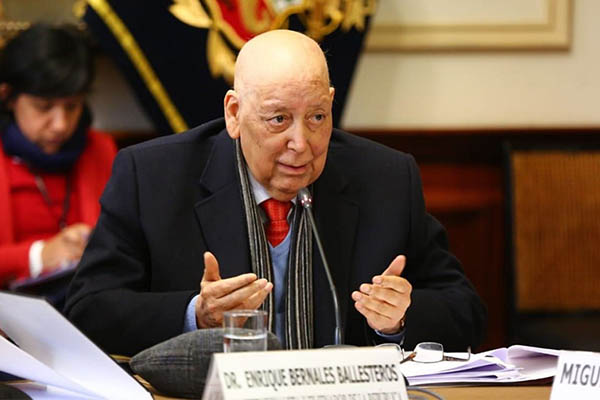 Enrique Bernales: Constitucionalista falleció a los 78 años