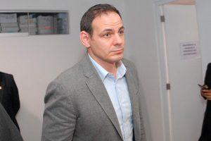 Mark Vito: Dictan impedimento de salida del país por 36 meses