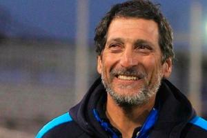 Colo Colo de Chile asegura la contratación del DT Salas quien será presentado el jueves