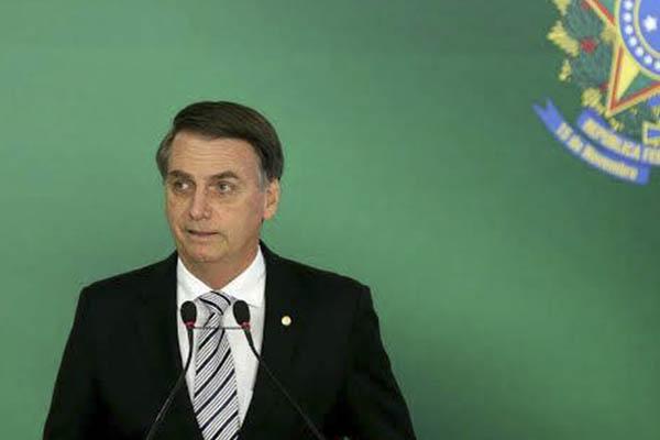 Jair Bolsonaro: Piden al presidente entrante de Brasil lidere «presión» contra Nicolás Maduro