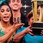 Karen Dejo alzó copa de 'El gran show'