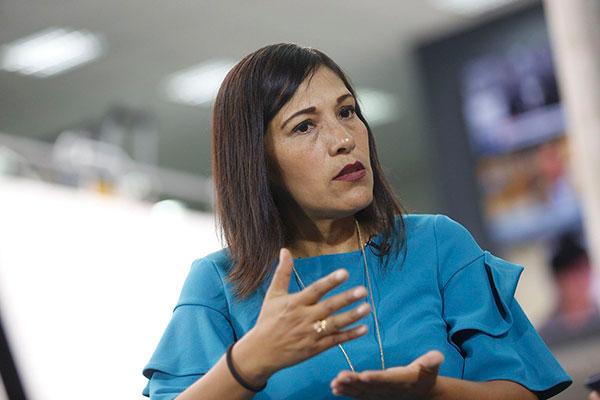 "Milagros Salazar: ""Grupo Liberal pretende incluir ideología de género"""