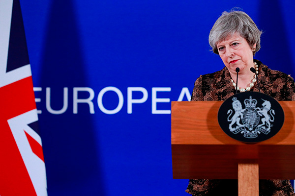 Theresa May reclama mayor apoyo a líderes de Unión Europea