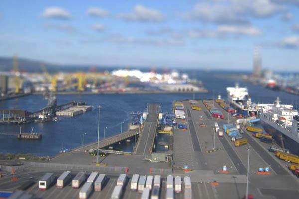 """Irlanda: Refuerza capacidad de puertos para hacer frente al """"brexit"""""""