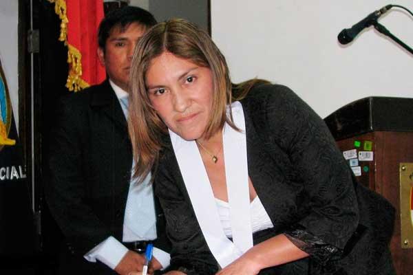 Elizabeth Arias es la jueza que reemplazará a Concepción Carhuancho