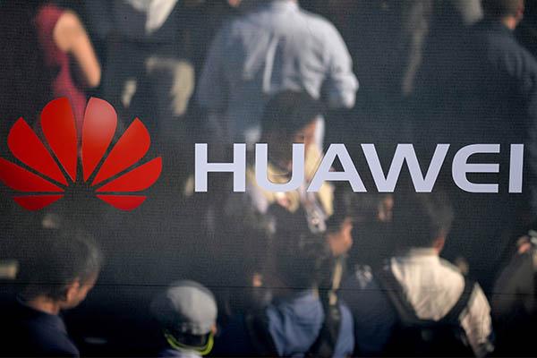 Polonia: Detienen a directivo de transaccional Huawei por acusación de espionaje