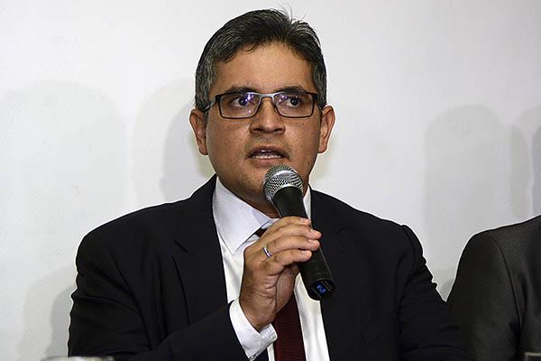 Fiscal José Domingo Pérez realiza diligencia en sede de Telefónica