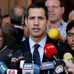 Juan Guaidó: Solicitan que se le prohíba salir de Venezuela