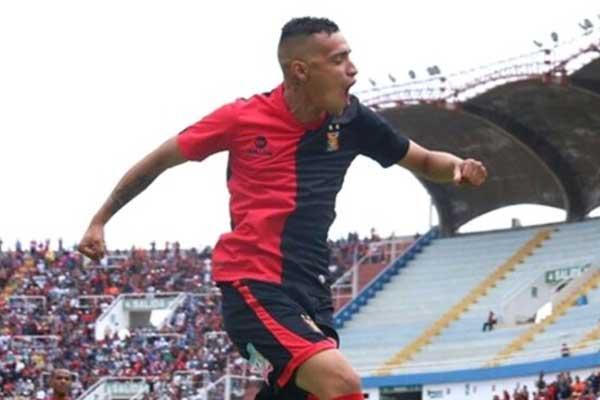 Sporting Cristal oficializa fichaje de Patricio Arce