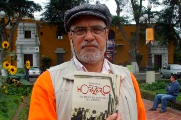 30 años de poemario 'Cementerio general'