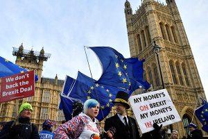 """Unión Europea ofrece aclaraciones mientras espera voto del """"brexit"""""""