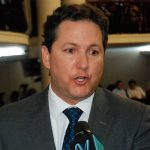 Daniel Salaverry insta a las autoridades dejar los líos políticos y trabajar por el país