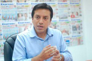 Gilbert Violeta presenta proyecto de ley multipartidario para suspender a Pedro Chávarry