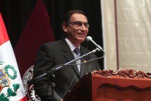 Martín Vizcarra promulgó las leyes del Referéndum 2018