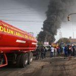 Comas: Incendio consumió tienda de pinturas [VÍDEO]