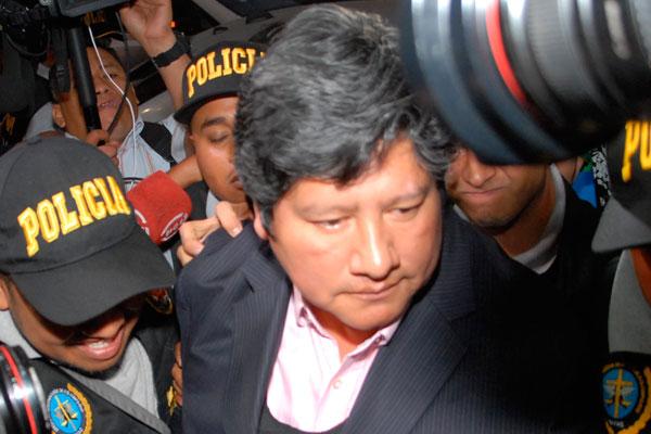 Dictan comparecencia restringida a Edwin Oviedo por caso «Los Cuellos Blancos»